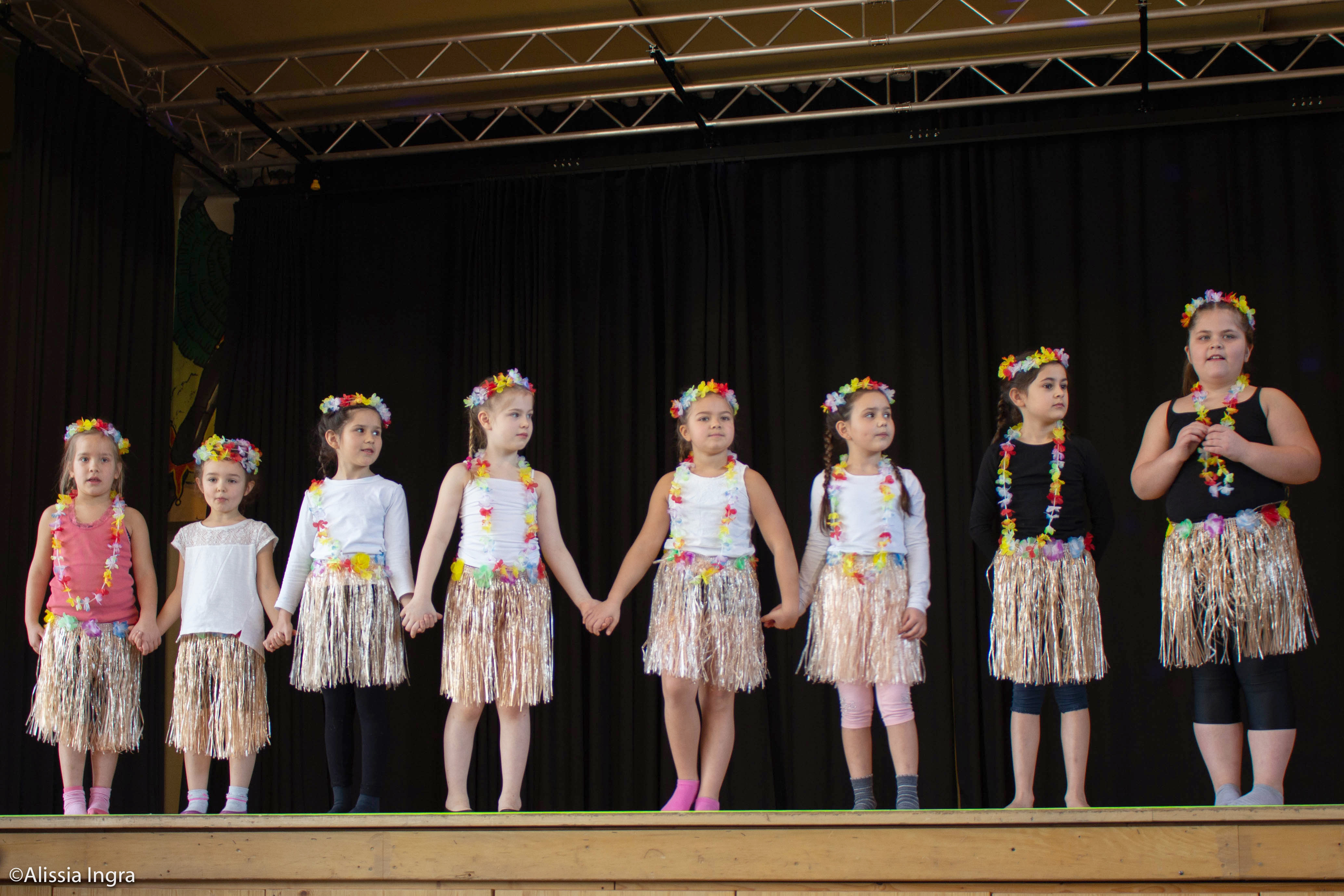 Dancing Girls Auftritt bei der Kinderfasnet